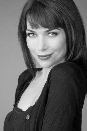 poesía - alicia martinez bn3 - Alicia MARTINEZ, una artista multidisciplinar. Entrevista tras su primera obra de poesía