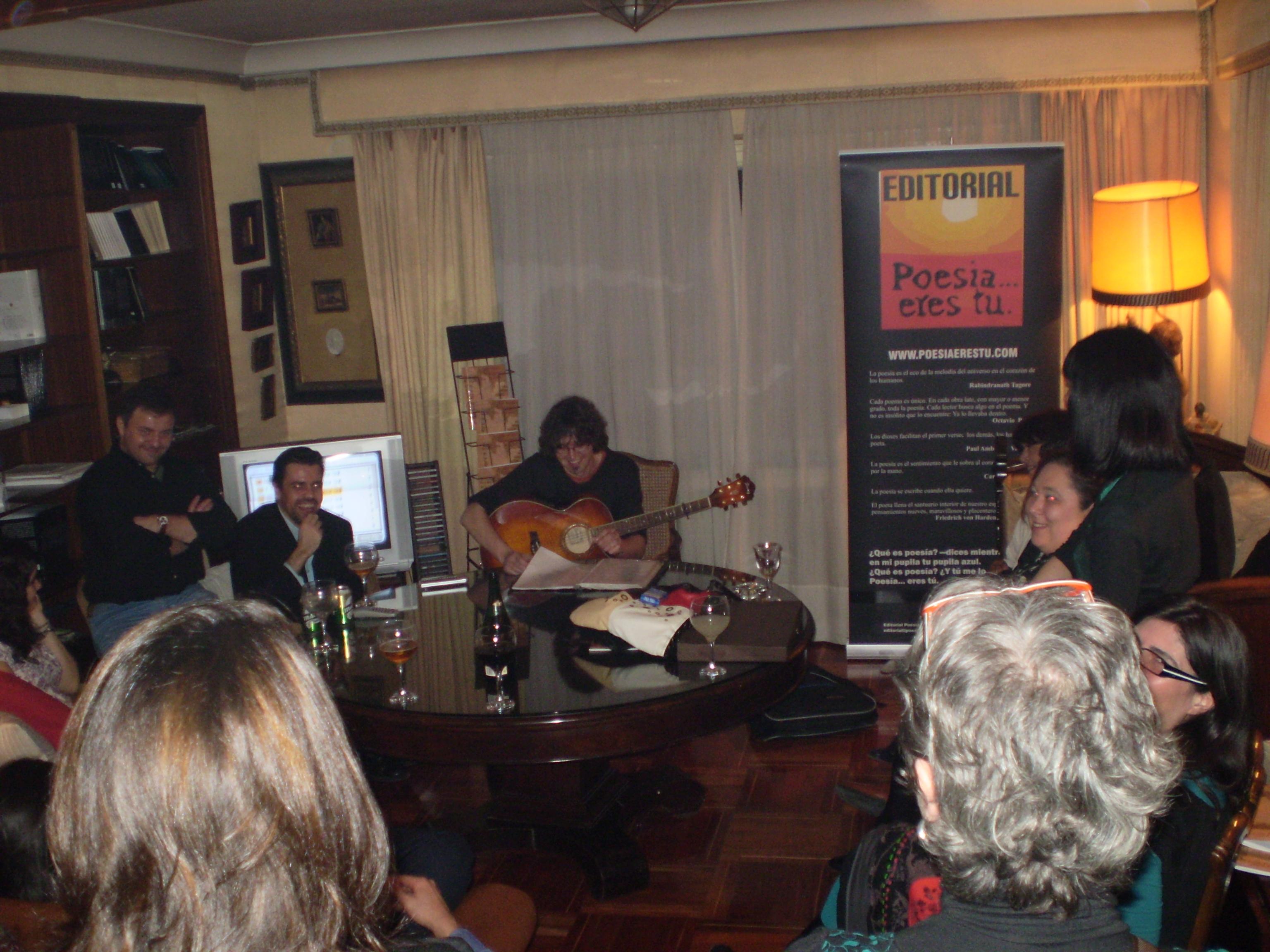Paco Bello mejor autor del año 2008 Editorial Poesía eres tú. Paco Bello mejor autor del año 2008 Editorial Poesía eres tú. p2190201