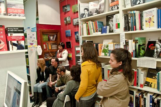 paco_bello-clandestina-15 17 de Abril. Paco Bello, en la libreria La Clandestina - paco bello clandestina 15 - 17 de Abril. Paco Bello, en la libreria La Clandestina