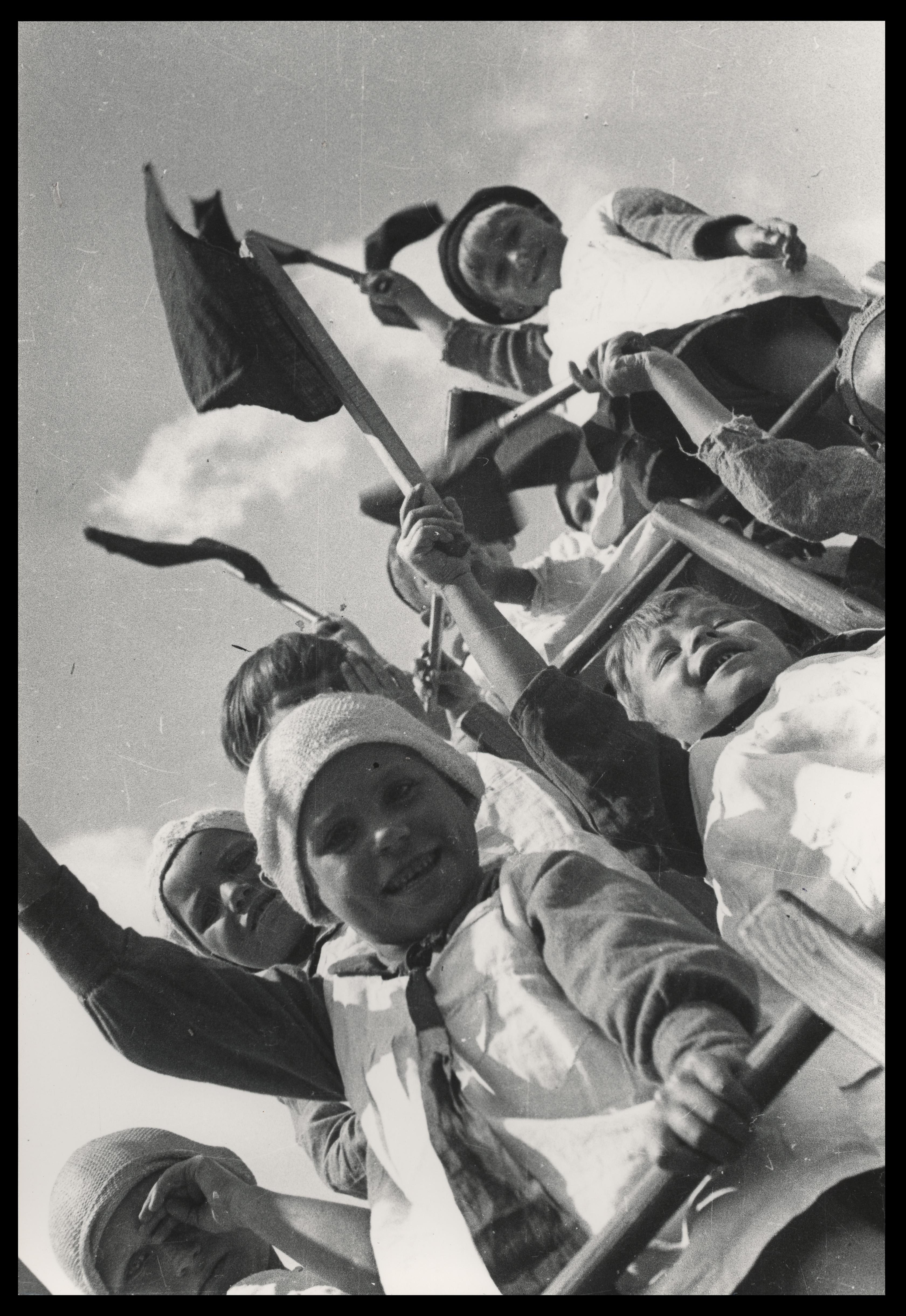 """rodchenko """"Revolución en la mirada"""" Rodchenko fotógrafo Risas de ni  os    Aleksandr Rodchenko"""