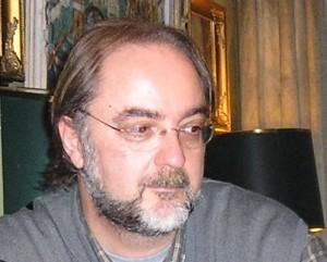 Juan Planas: Escribir es ya, de por sí, una actividad solitaria. - juanplanas 300x241 - Juan Planas: Escribir es ya, de por sí, una actividad solitaria.