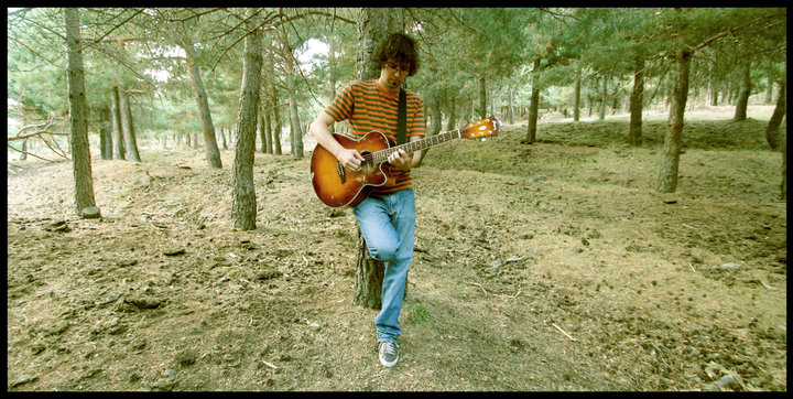 "Paco Bello: ""Normalmente intuyes cuando algo va a acabar en canción o en poema"" - pacobelloguitarra - Paco Bello: ""Normalmente intuyes cuando algo va a acabar en canción o en poema"""