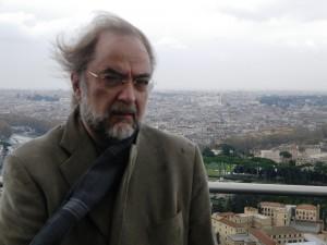 """Juan Planas: """"Lo fundamental del poema es que abra interrogantes en el lector"""" - jplanasb 300x225 - Juan Planas: """"Lo fundamental del poema es que abra interrogantes en el lector"""""""